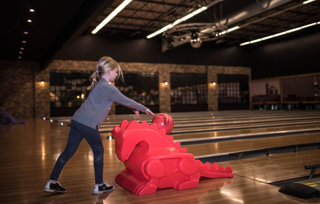 Bowling at Pinheads Entertainment Center