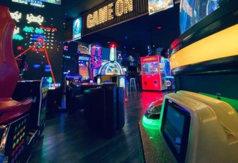 Pinheads Arcade Game On
